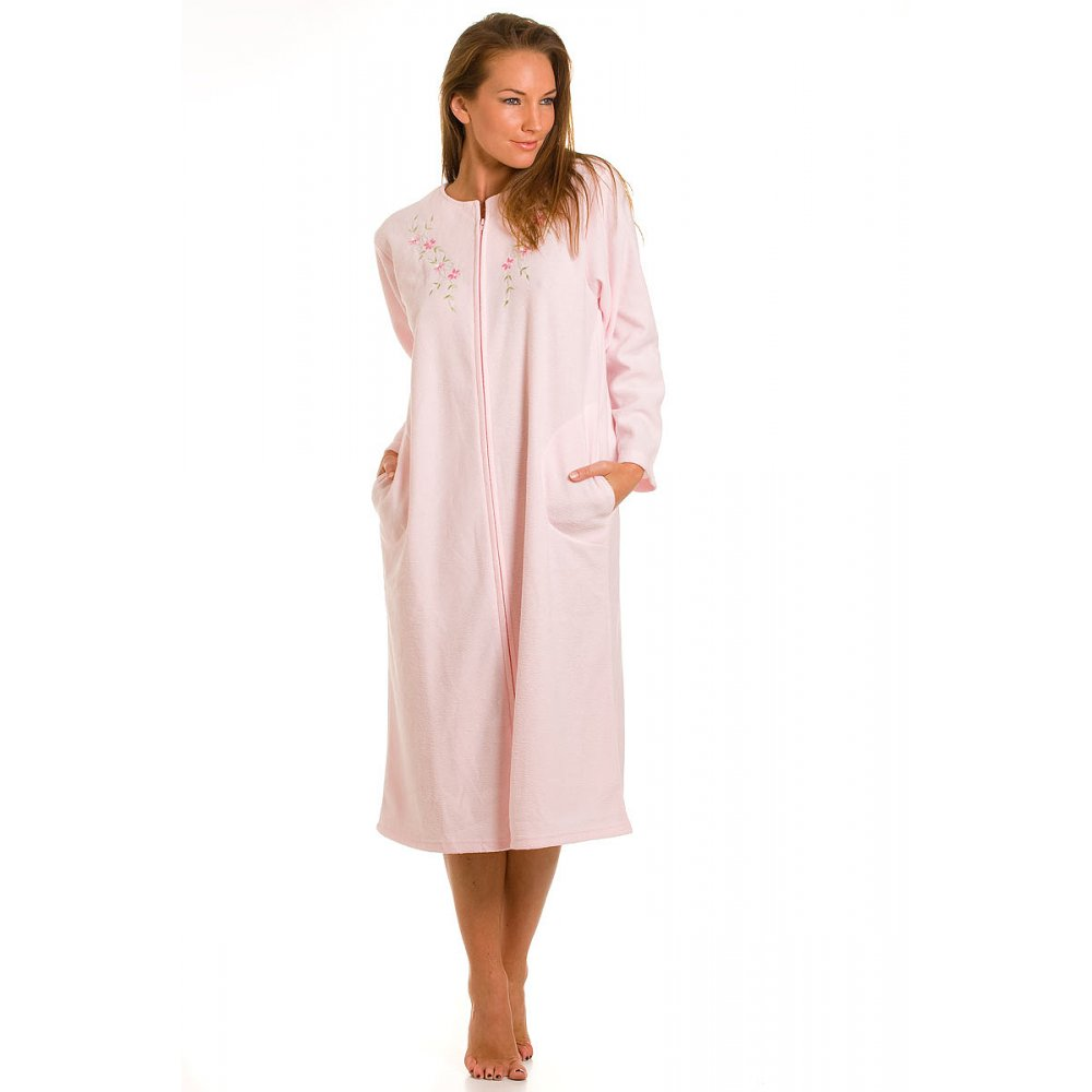 Women's Dressing Gowns & Robes. Items Per Page. Sort By. In sumptuous all-in-ones and soft tops, browse our range of women's loungewear. With super cosy tunics and jumpers, the loungewear sets make a perfect addition to your winter wardrobe. Perhaps snuggly blankets are all you need to immerse in your cosy space.