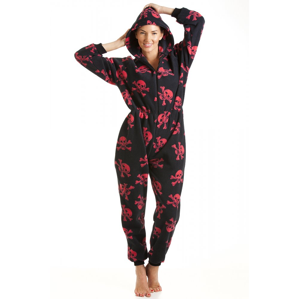 Lounge around in style with our collection of women's nightwear, blending cosy and chic. There's nothing better than unwinding after a long day at work with our range of floral, printed and super soft fleece pyjama sets and pyjama shorts .