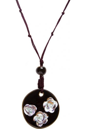 Brown And White Three Flower Pendant Necklace