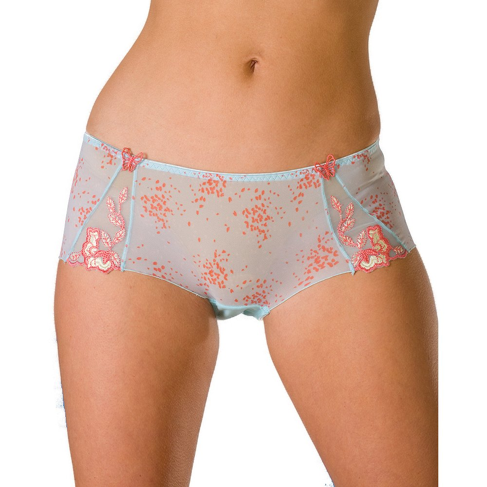 Women's boy short panties are the feminine version of men's boxer briefs. They offer more coverage and support than most other panty styles. Popular brands include Hanes, Fruit of the Loom, and Maidenform.