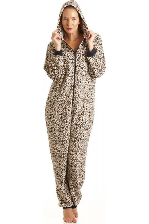 Ladies Nightwear. Whether you're looking for a thickly quilted, snuggly robe or a delicate nightdress, our extensive range of women's nightwear will cater to your every night-time nirtsnom.tk from our nightwear selection and wrap up warm at night with Peacocks.