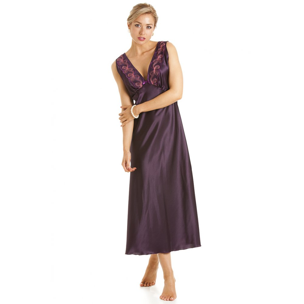 Online shopping for Clothing from a great selection of Pyjama Sets, Nightdresses & Nightshirts, Dressing Gowns, Bathrobes, Bottoms, Onesies & more at everyday low prices.