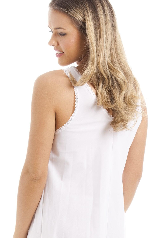foto de Classic White Embroidered Chemise Full Slip