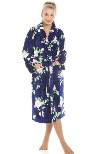 41b0c82592 Luxurious Navy Supersoft Fleece Light Pink Rose Print Bathrobe
