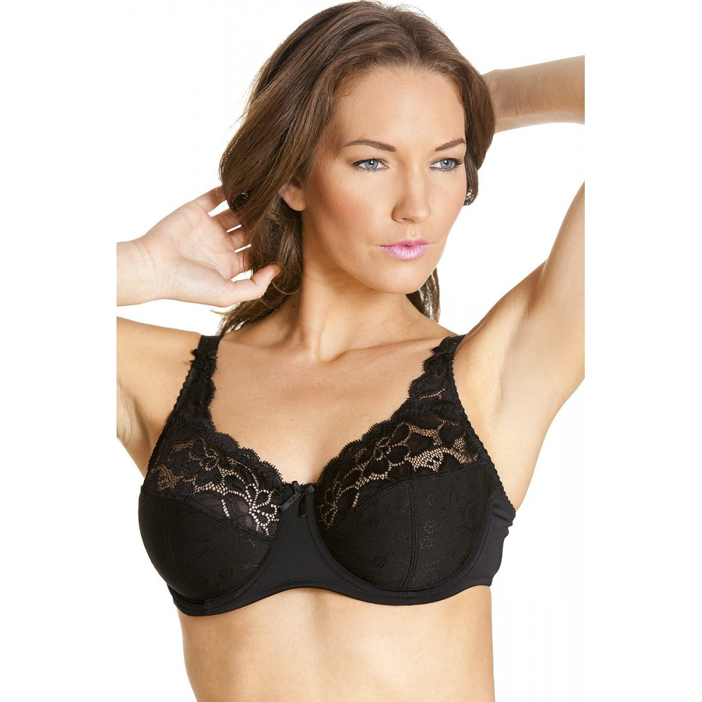 Make Dillard's your lingerie destination for bras, panties, bridal lingerie, robes and shapewear. Dillard's features the latest styles from Spanx, Wacoal, Chantelle, Yummie and more.