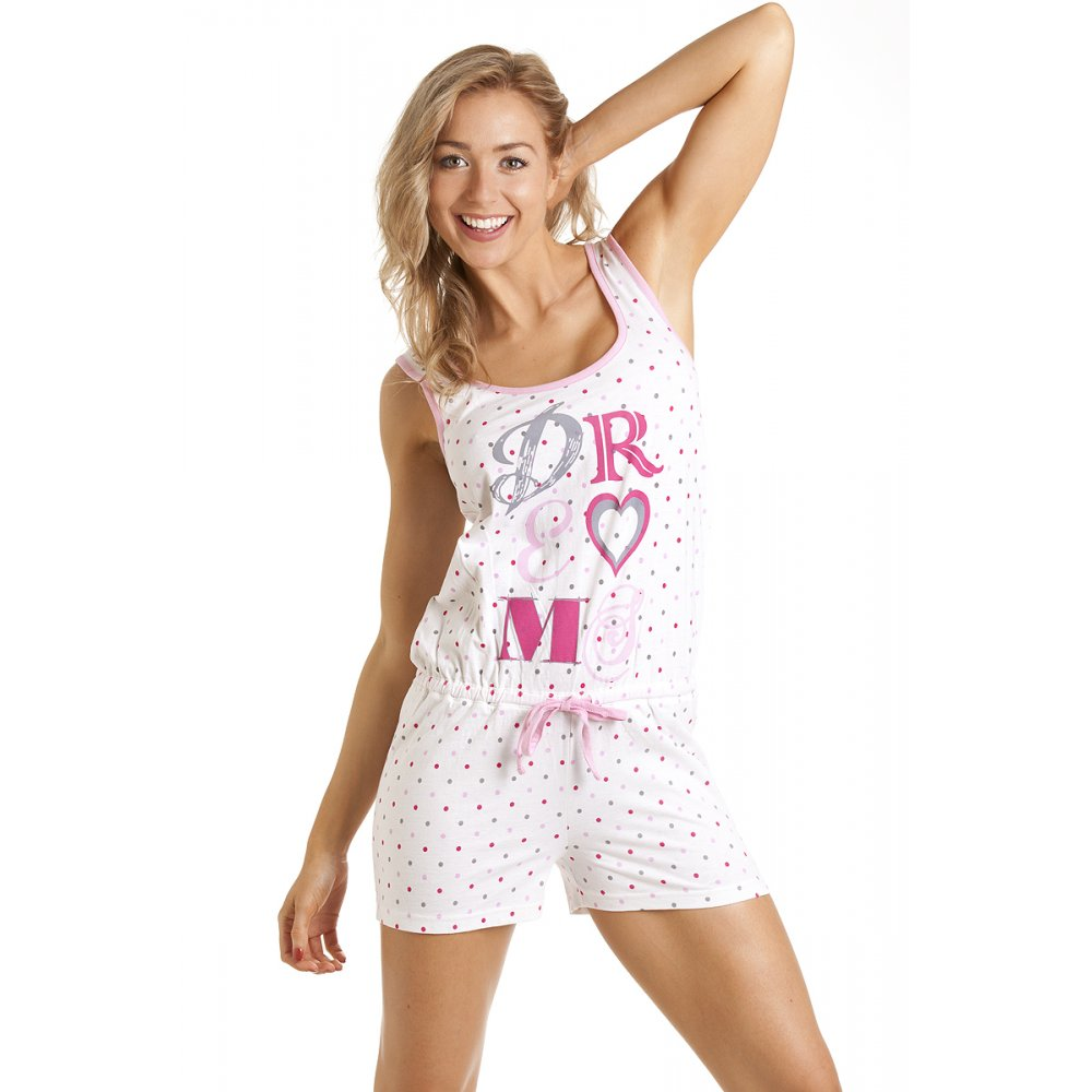 Womens Sleepwear. Who doesn't look forward to sunset so they can slip into their comfiest clothes: pyjamas. Ditch those old boy-shorts, and forget that old band t-shirt - it's time to treat yourself to some brand-new women's sleepwear from EziBuy!